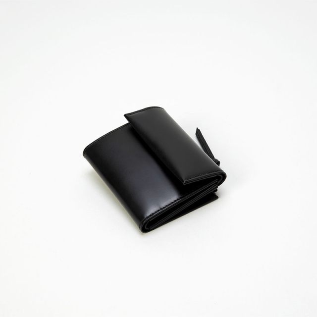 ERA. イーラ SO BLACK MINI WALLET