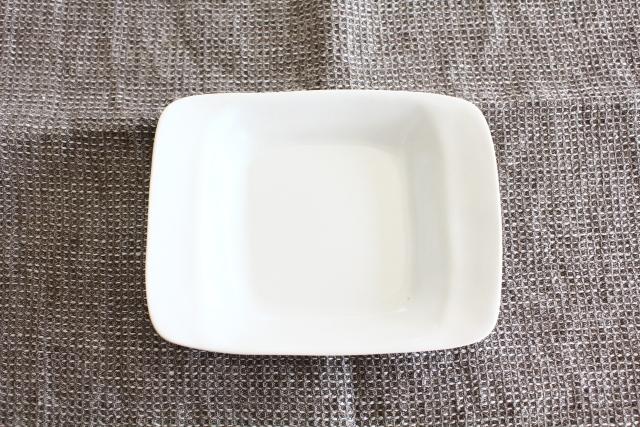 井山三希子×倉敷意匠計画室「YASUMI」手付きプレートS/白