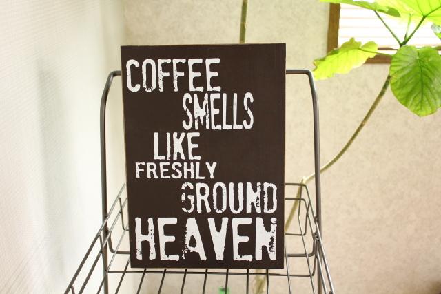 ウッデンミニサインボード/COFFEE SMELLS