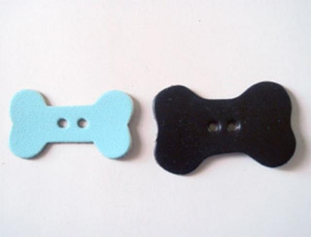 革パーツホネ 穴アキ ボタン(2.3mmの穴アキ) H85100 Sサイズ、Lサイズ、良質本革と水汚れにも強い合皮と両方の素材があります。