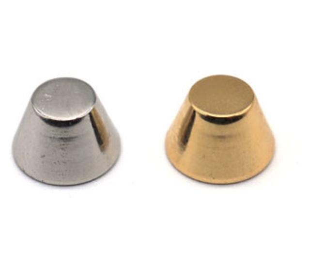 スパイク金具  フジタカ 底鋲 U34800 2サイズ、カラーはシルバーとゴールドがあります。