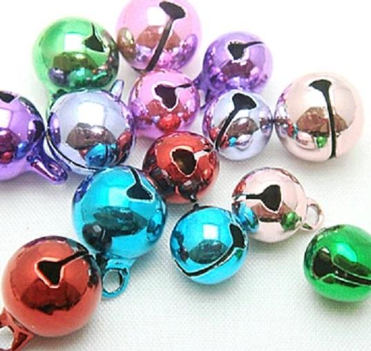宝来鈴カラー、サイズ  6ミリ(2分)、8ミリ(2.5分)、10ミリ(3分)があります。カラーは7カラーあります。