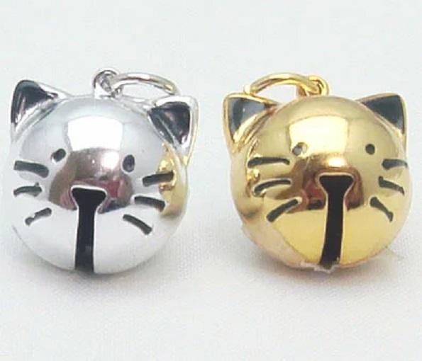 猫鈴 可愛い猫の顔の形の鈴です。全長のサイズ15ミリ。カラーは、シルバー ゴールド、があります。