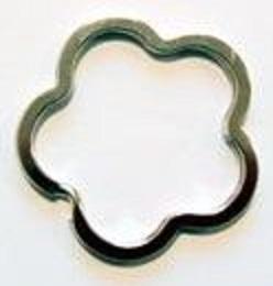 二重リング 二コイル キーリング フラワー型 カク線 37mm(横/内径)×33mm(縦/内径) 平面カクセン 。 カラーはシルバー、ゴールド、となります。
