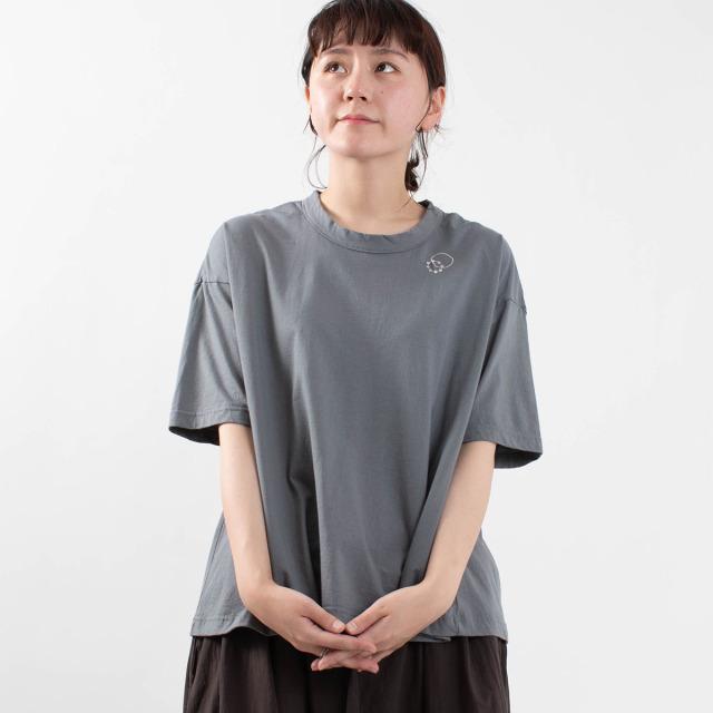 prit サークル刺繍5分袖フレアーTシャツ