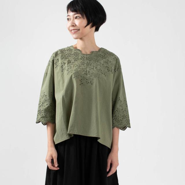 ichi スカラップ刺繍プルオーバー