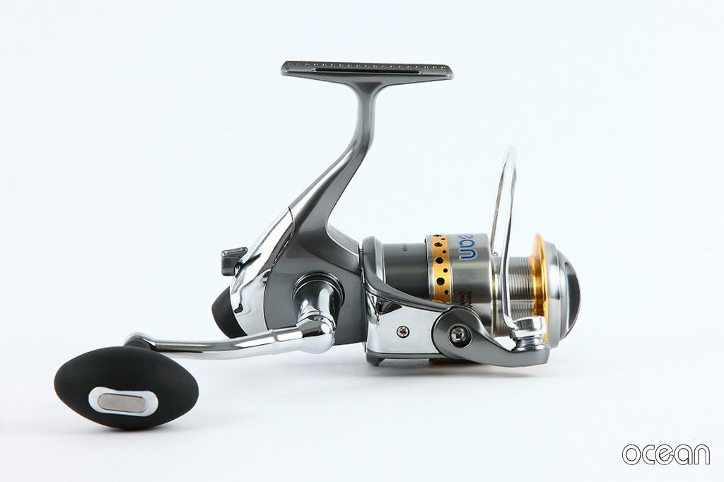 シーバス、ルアー アルミキャスト製ボディ 高性能スピニングリール ocean S1A 30 (6BB+1RB)