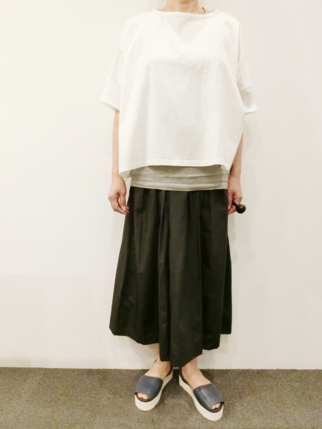TRAVAIL MANUEL:タイプライタープリーツスカート