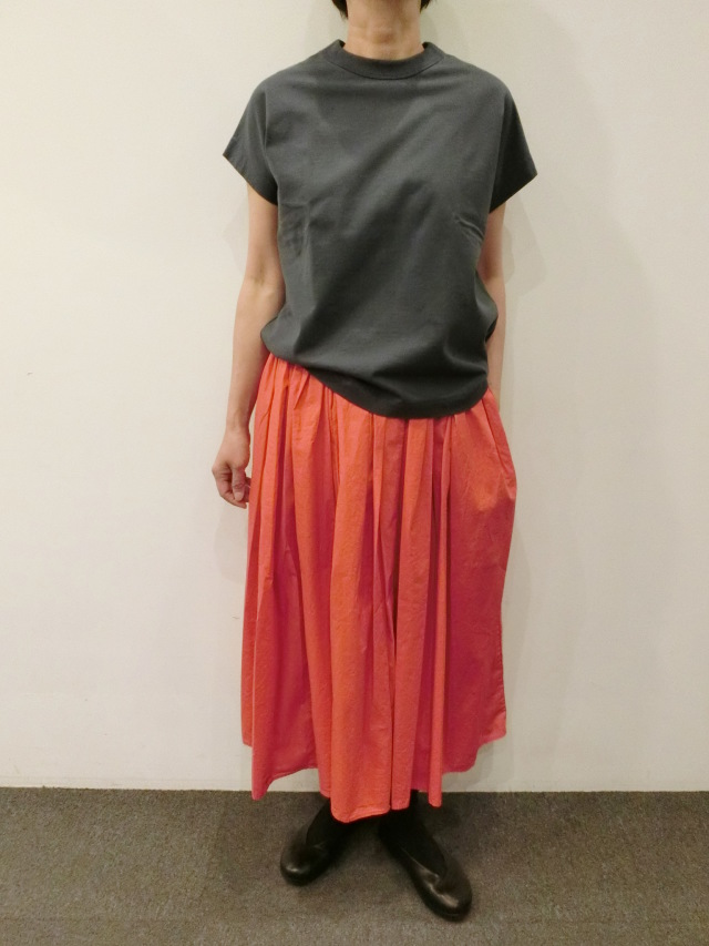 MANUELLA GUIBALLE:ギャザースカート
