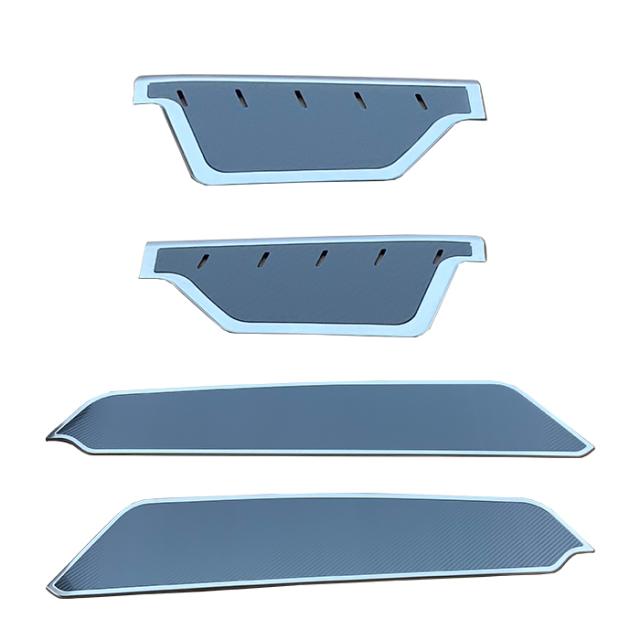 ハイエース 200系 1型 2型 3型 4型 5型 6型サイド ステップガード スカッフプレート