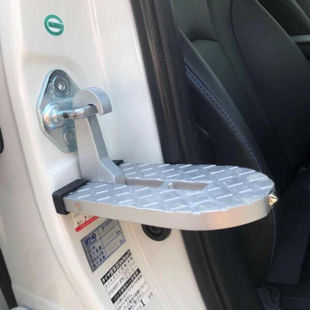 ドアステップ フットペダル 折り畳み式 汎用 洗車補助ステップ 車用 シルバー