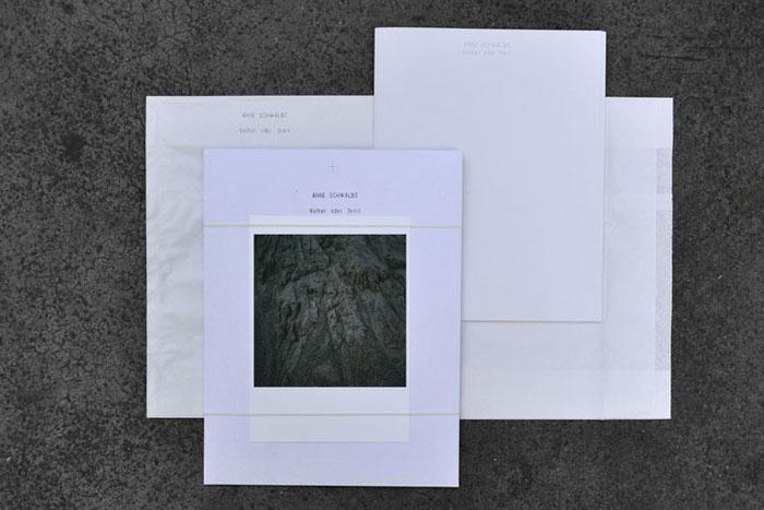 【古本】アンネ・シュヴァルベ写真集 : ANNE SCHWALBE : VULKAN ODER STEIN【サイン入】