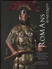 ステフ・ヴェルストラーテン写真集 : STEF VERSTRAATEN : ROMANS : CLOTHING FROM THE ROMAN ERA IN NORTH-WEST EUROPE