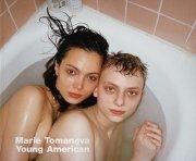 【サイン入】マリー・トマノヴァ写真集: MARIE TOMANOVA: YOUNG AMERICAN