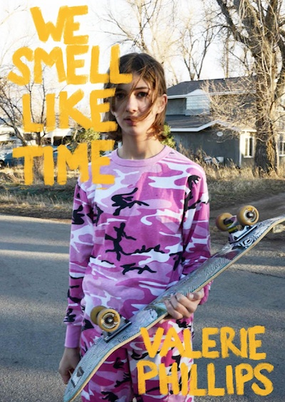 【サイン入】ヴァレリー・フィリップス写真集: VALERIE PHILLIPS: WE SMELL LIKE TIME