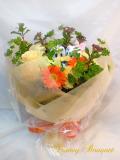 誕生日祝い ドナルドとグーフィーのオレンジ系花束