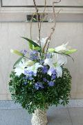 新宿 開業祝い大きめアレンジ装花