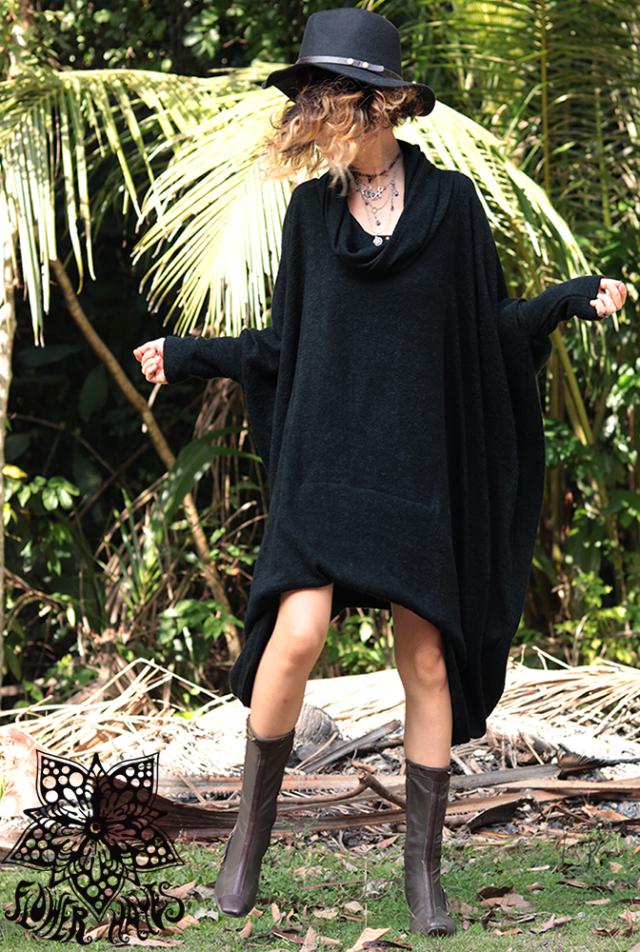 裾ボリューミー*起毛素材♪オフタートルネック オーバーサイズ 変形ムササビバルーンワンピース【2カラー*オリーブ/ブラック】フリーサイズ