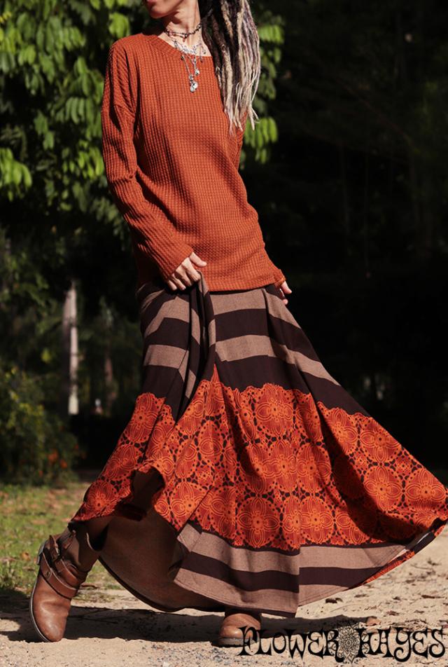 起毛素材♪ボーダー×花レース柄*スーパーストレッチ☆スーパーフレア ロングスカート【カラー*ブラウン×オレンジ】フリーサイズ