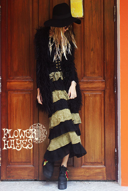 ボリューミー ティアード*ロングスカート【カラー*ゴールド×ブラック】フリーサイズ
