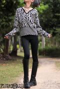 モノトーン幾何学模様*セーター【カラー*ブラック×ホワイト】フリーサイズ