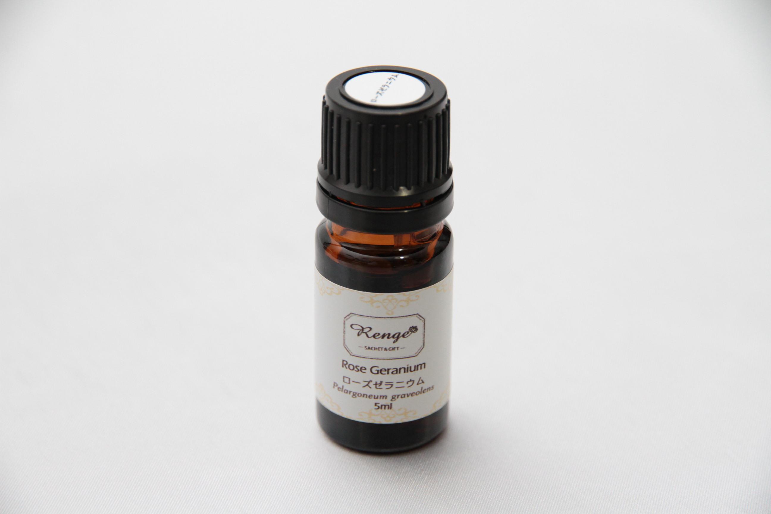 ローズゼラニウム 100%ピュアエッセンシャルオイル 5ml  バラのような優雅な香り!