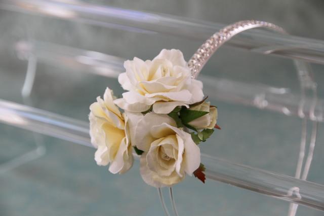 ラインストーンカチューシャ ウェディング・パーティー用 お花の取り外し&位置が変えられる優れもの!