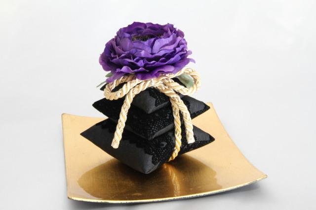 三段サシェ Violet noir ヴァイオレットノワール ラナンキュラス ルームフレグランス用 摘みたての美味しい香りグレープフルーツの100%ピュアエッセンシャルオイル(5ml)付き!