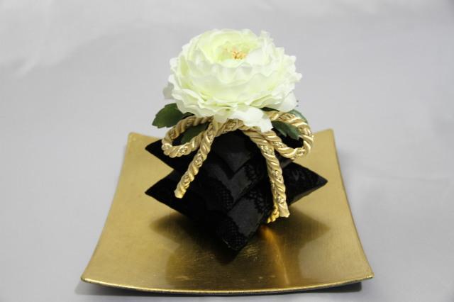 三段サシェ Blanc noir ブランノワール ラナンキュラス ルームフレグランス用 摘みたての美味しい香りグレープフルーツの100%ピュアエッセンシャルオイル(5ml)付き!