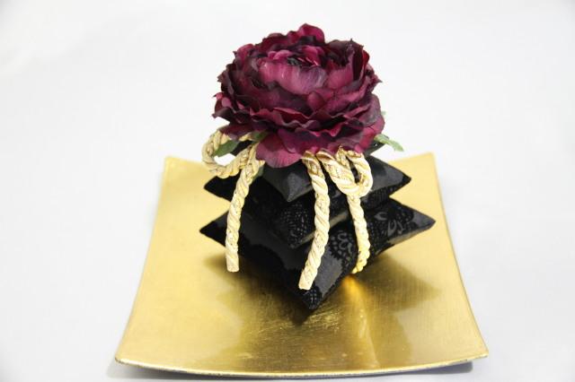 三段サシェ Bordeaux noir ボルドーノワール ラナンキュラス ルームフレグランス用 摘みたての美味しい香りグレープフルーツの100%ピュアエッセンシャルオイル(5ml)付き!