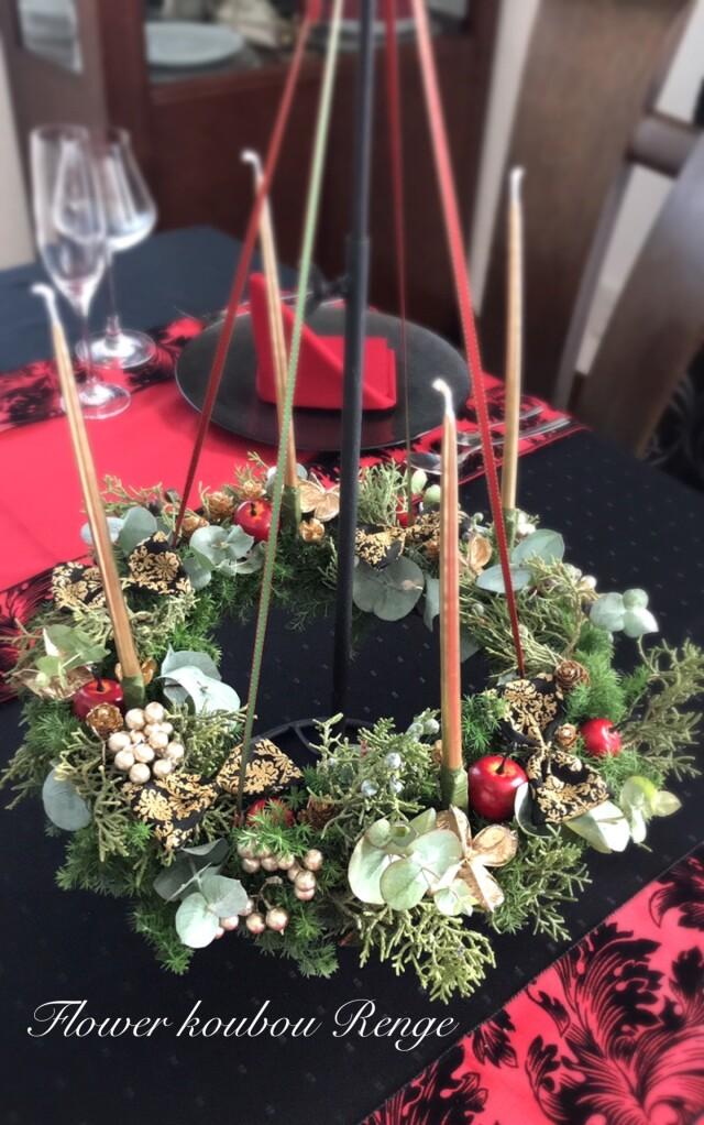 クリスマスのテーブルに フライングリースアレンジ スタンド&キャンドル付き