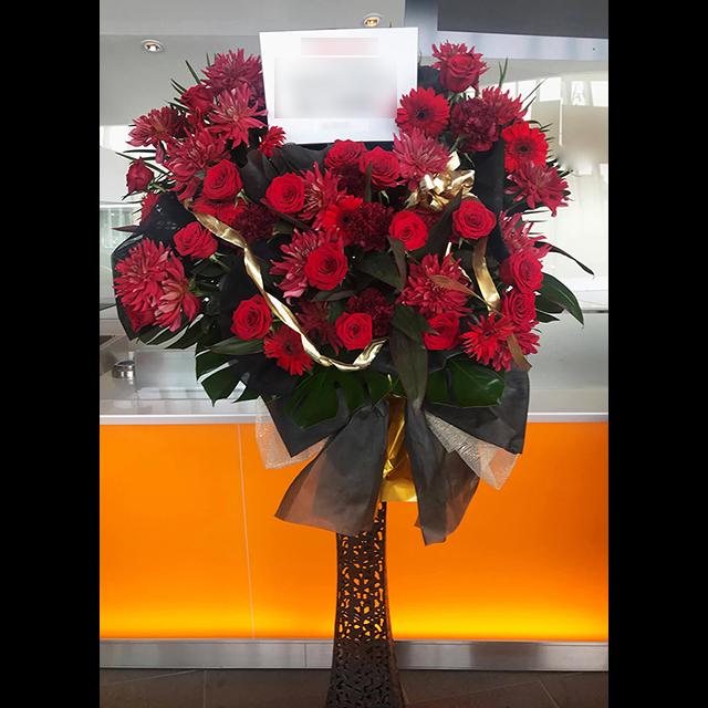 赤系メタルスタンド花