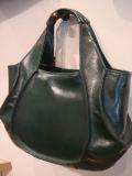 シンプルデザインバッグ