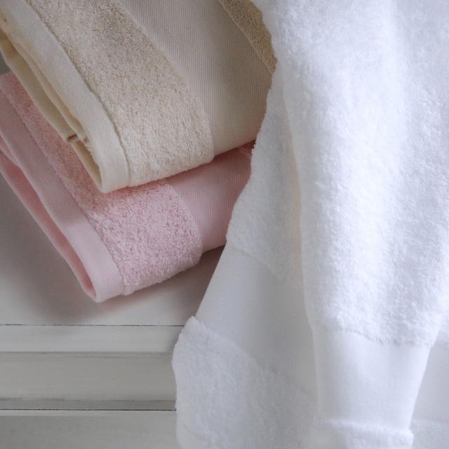 オリジナルタオル、『ロテル』。ホテル仕様イメージのボリュームのあるタオルです。最高級のサンフォーキンコットンです。