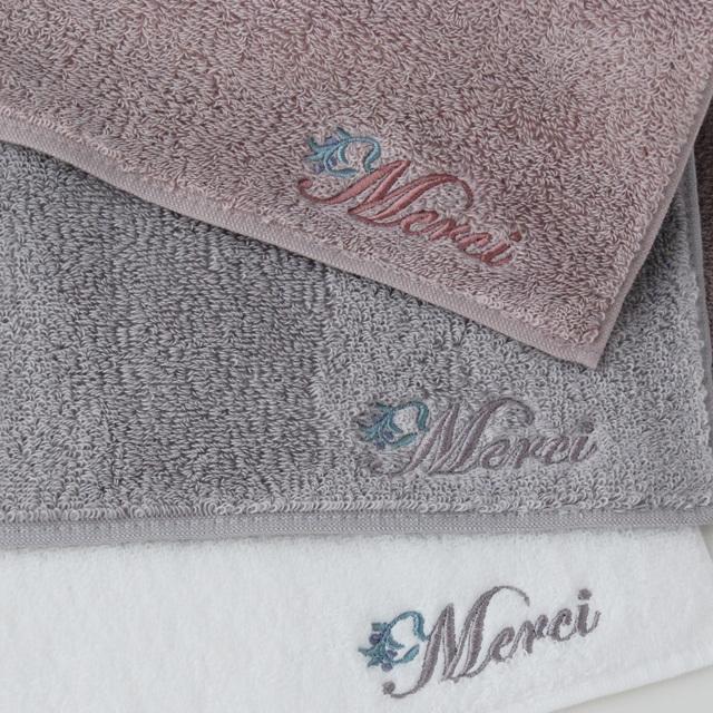 フランジュールオリジナルタオル、今治タオルでコシがあるけどふわっとした柔らかさもあるタオルです。