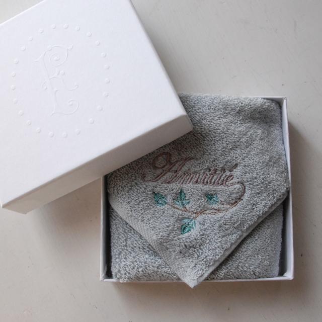 オリジナルタオル、今治タオルでコシがあるけどふわっとした柔らかさもあるタオルです。