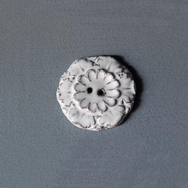 ジベアドゥベ クレアーション ドゥプュイ1993|ジャンバティストアスティエドヴィラット JBAdeV,creations depuis 1993 |Jean Baptiste Astier de Villatte ボタン ACANTHE( JB-B/001/008 )