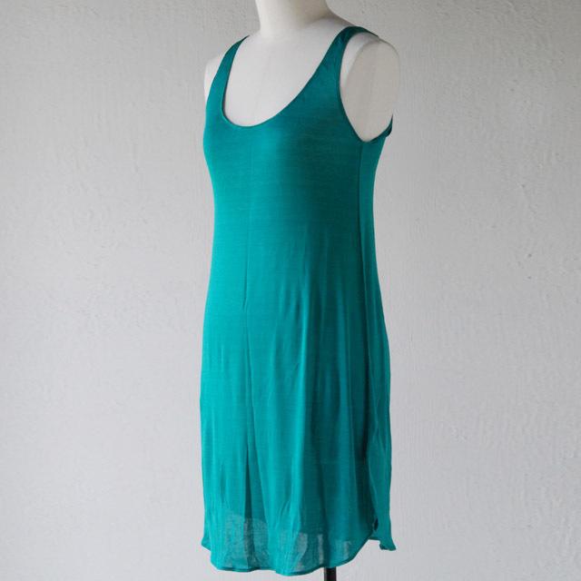 Cocoona コクーナのシルクスキンウェア。肌に優しい、絹のなめらかな着心地。レギンス、キャミソール、ドレス、ナイトウェア。