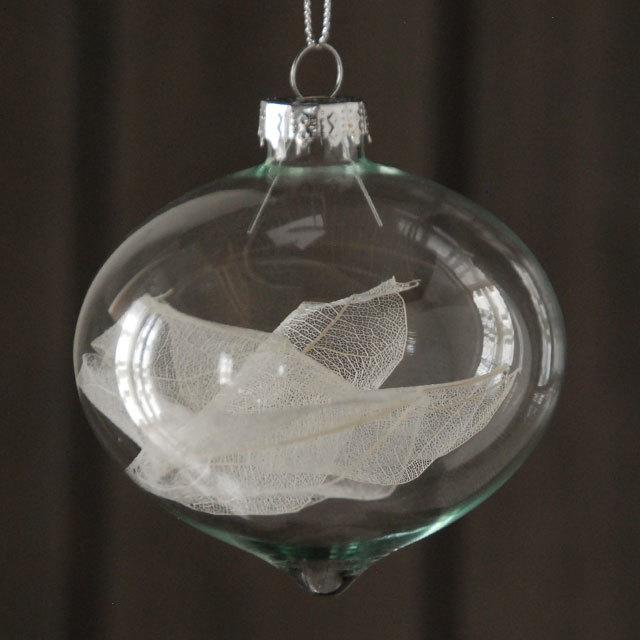 グッドウィルのクリスマスオーナメント。上質なきらめきがクリスマスのムードを高めてくれます。