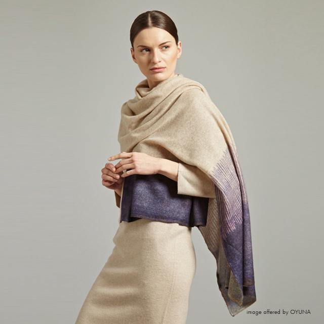 OYUNAの上質なカシミヤウェア。モンゴル出身の女性がデザインする、美しいドレス、ベストなど。