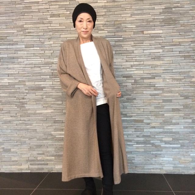 OYUNAの上質なカシミヤウェア。モンゴル出身の女性がデザインする、美しいドレス、ベストなど