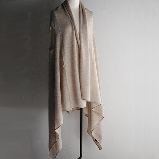 Oyuna オユーナは ロンドンを拠点に100%カシミアの上質なホームコレクションを発表しているブランドです。