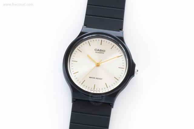 CASIO 腕時計 ラウンド シルバー(MQ-24-7E)【クロネコDM便OK】