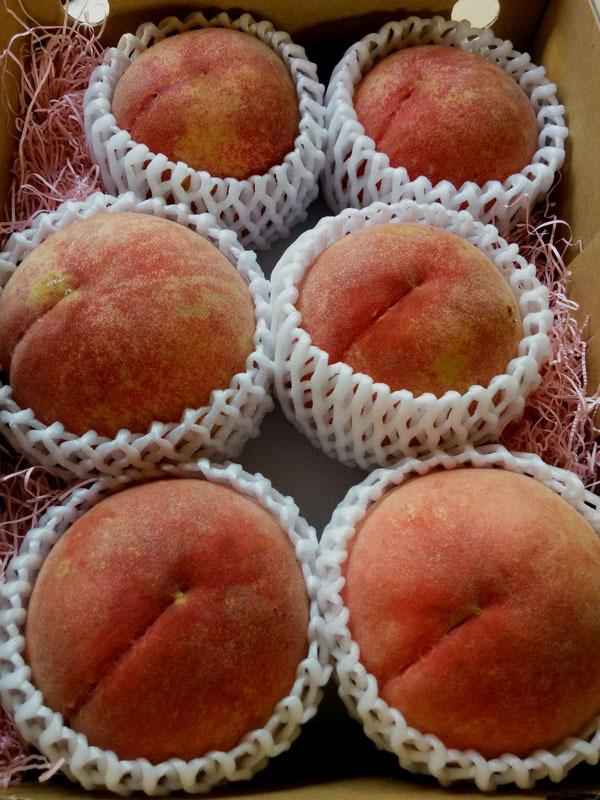 農薬9割以上削減、無肥料、完熟収穫★「自然派の桃」/後期・中箱(約2キロ)