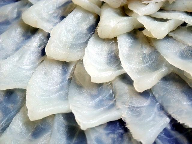 河豚はくせがなく淡白な味わいの中に独特の上品な旨味があります