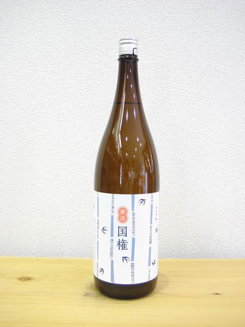 國権 純米吟醸原酒「スワローラベル」1800