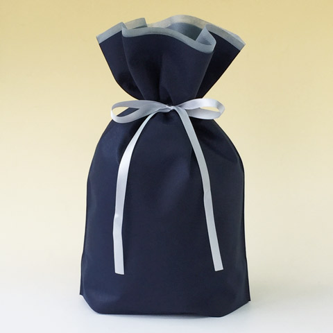 不織布リボン付巾着袋(底マチ付)ネイビー
