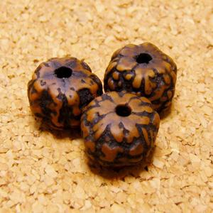 [10個セット]オイル染め-インド菩提樹ルドラクシャ・ビーズ(9-10mm/ブラウン色)