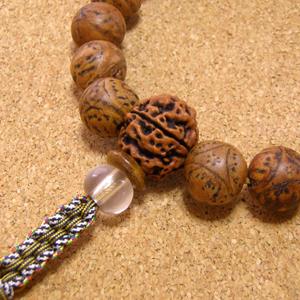 [数珠・念珠]龍眼菩提樹18珠 天然石リオライト&クリスタル水晶 正絹紐房八本組み