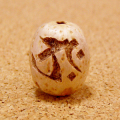 【タラーク】梵字彫刻ビーズ(五眼龍菩提樹)/守護本尊・虚空蔵菩薩/丑年(うし)・寅年(とら)に対応